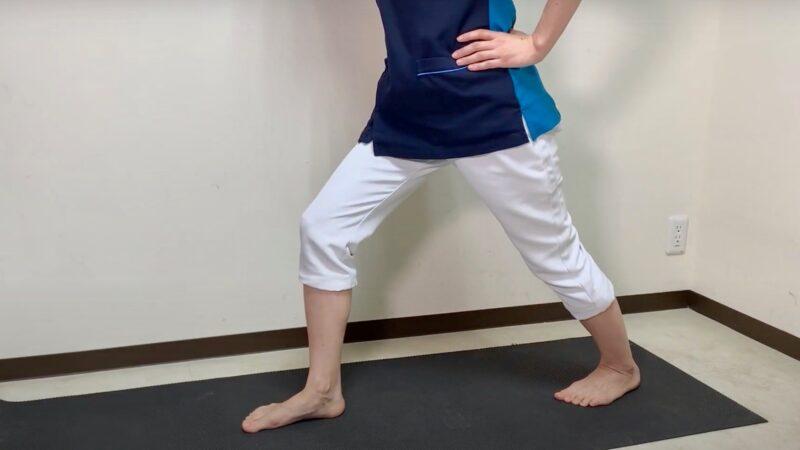 アキレス腱伸ばす体操