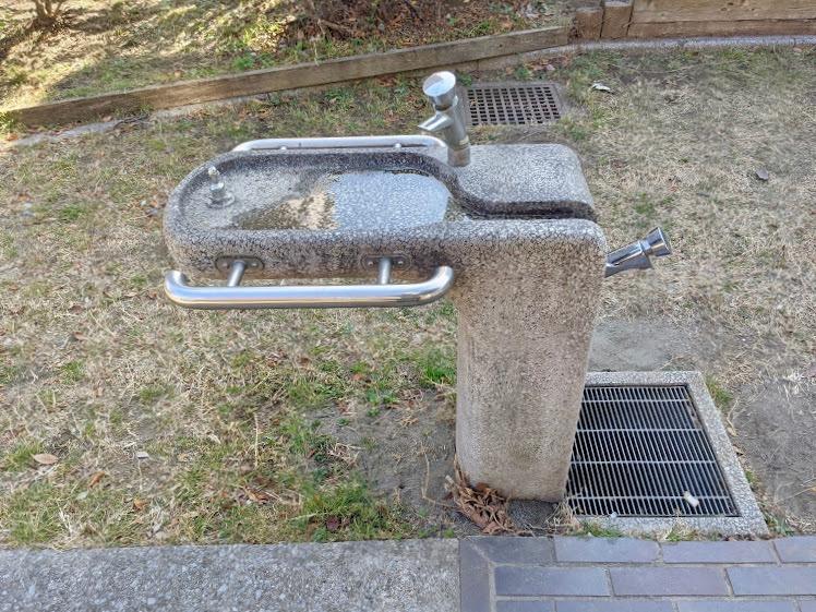 公園手洗い場