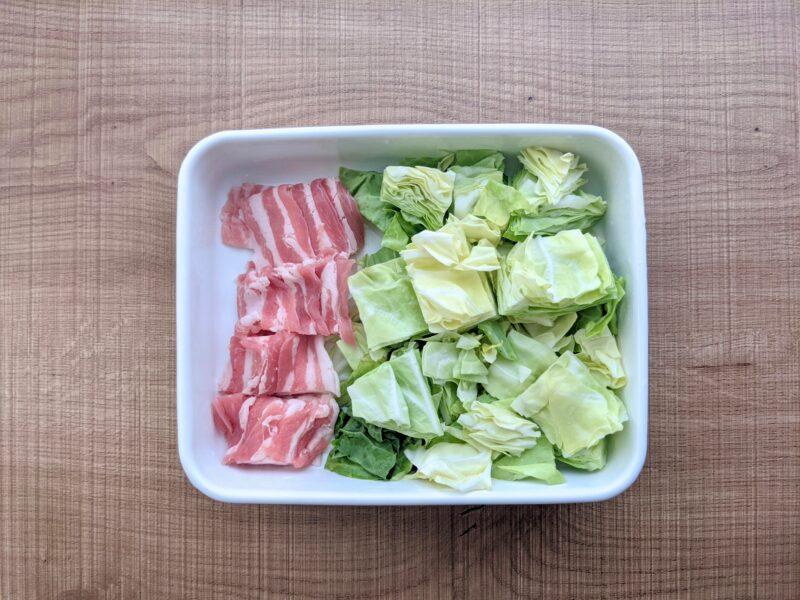 キャベツと豚肉